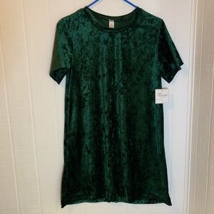 ✅Luxe Collection Dress Green Size M NWT